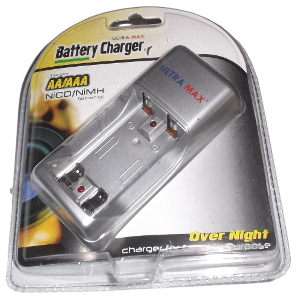 Battery Charger Ni-MH or Ni-CD Ultra Max AA/AAA CHAUMX Face